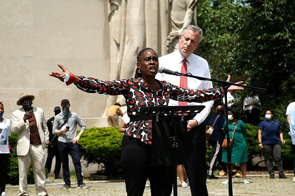 Mayor Bill de Blasio and First Lady Chirlane McCray at Brooklyns Cadman Plaza Park on June 04, 2020 in New York City.   Photo: Getty Images