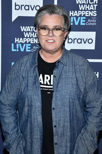 Rosie O'Donnell posing for a photo. | Photo: Getty Images.