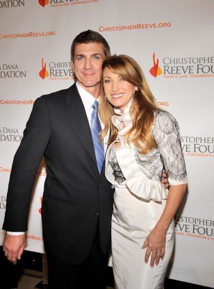Joe Lando and Jane Seymour attend the 4th Annual Los Angeles Gala on December 2, 2008 in Beverly Hills, California. | Photo: Getty Images