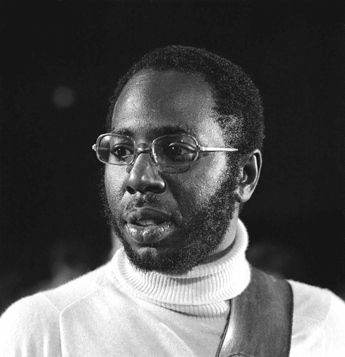 Curtis Mayfield performing for Dutch television in 1972 | Photo: Wikimedia Commons Images, CC BY-SA 3.0 nl