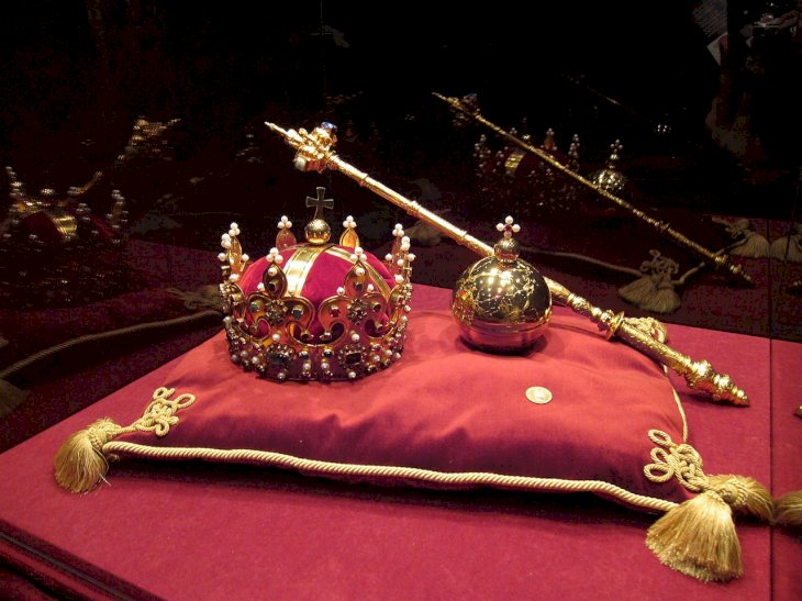 Image credit: Wikipedia/Crown Jewels