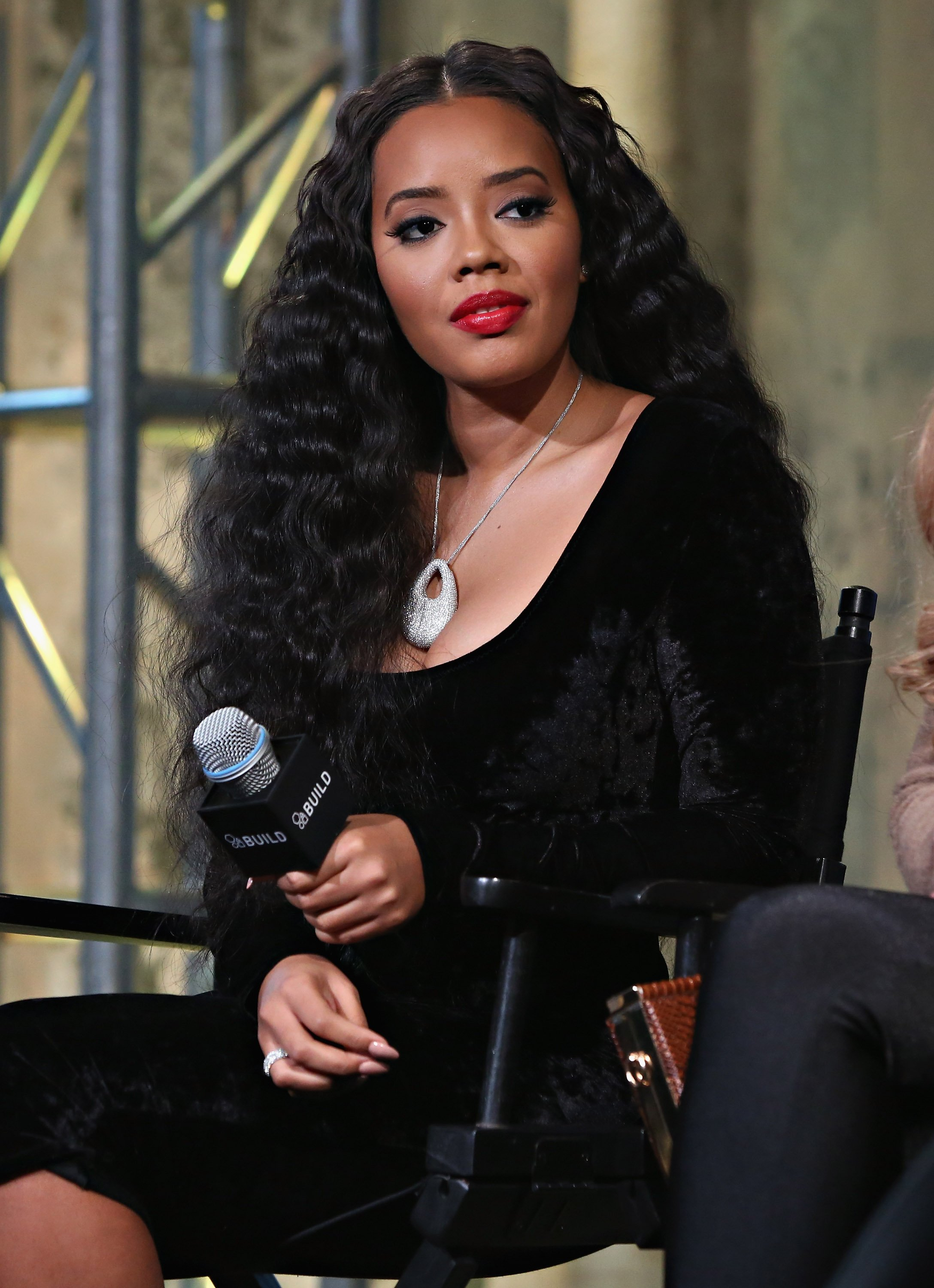 "Angela Simmons in the AOL BUILD Series: ""Growing Up Hip Hop"" on January 7, 2016 in New York City. 