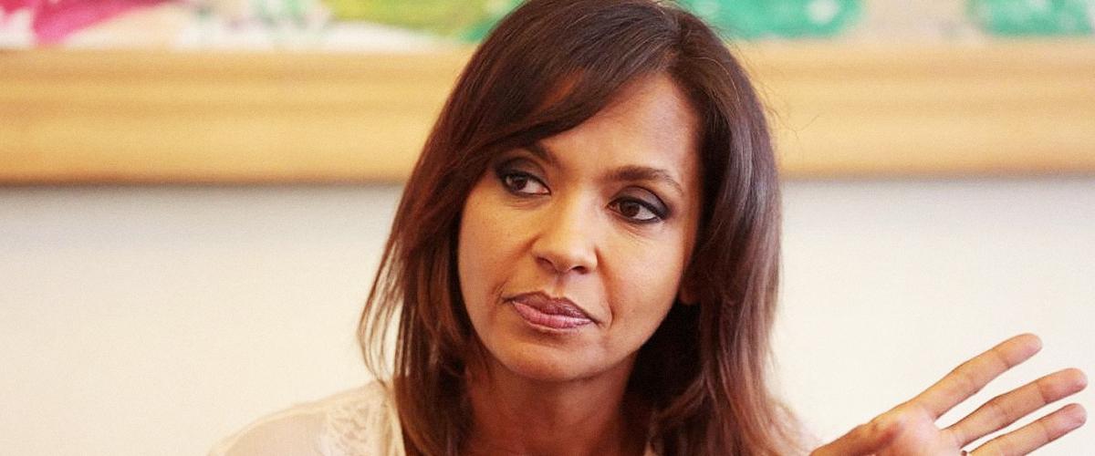 La réaction de Karine Le Marchand, rayée des listes électorales