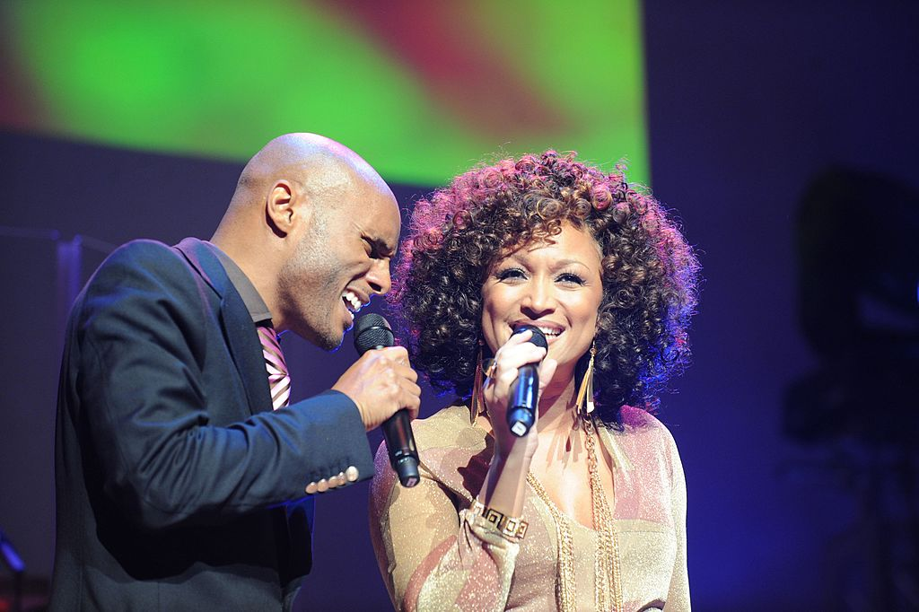 Kenny Lattimore and Chante Moore perform/Host during An Evening of Respect presented by The Big 'O' Foundation. | Photo: GettyImages
