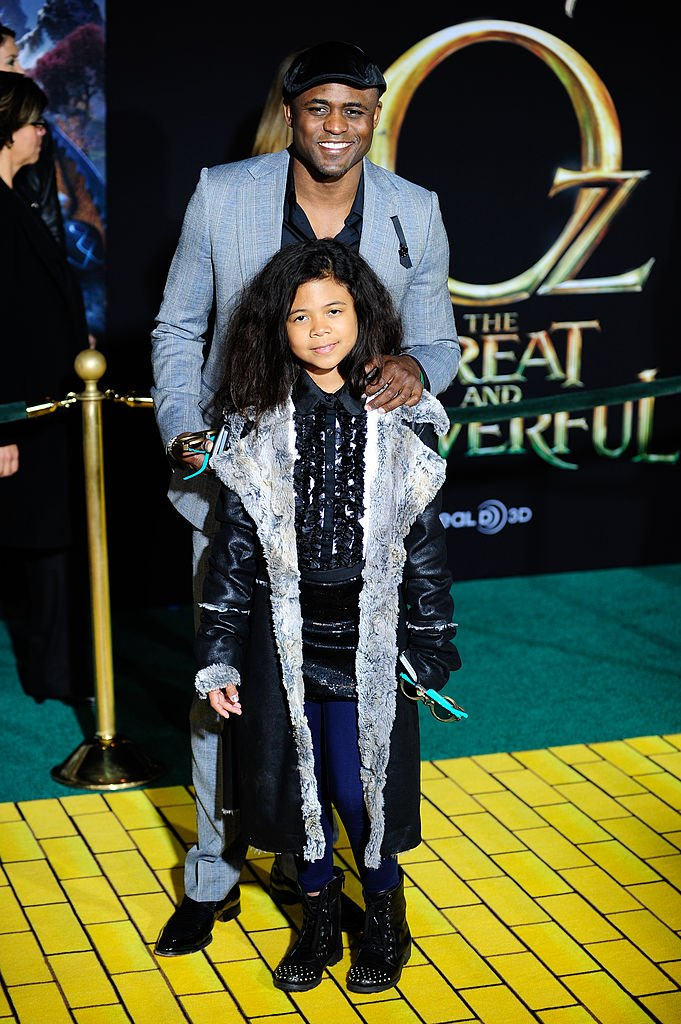 """Actor Wayne Brady and daughter Maile Masako Brady arrive at the Los Angeles Premiere of """"Oz The Great and Powerful"""" at the El Capitan Theatre on February 13, 2013   Photo: Getty Images"""