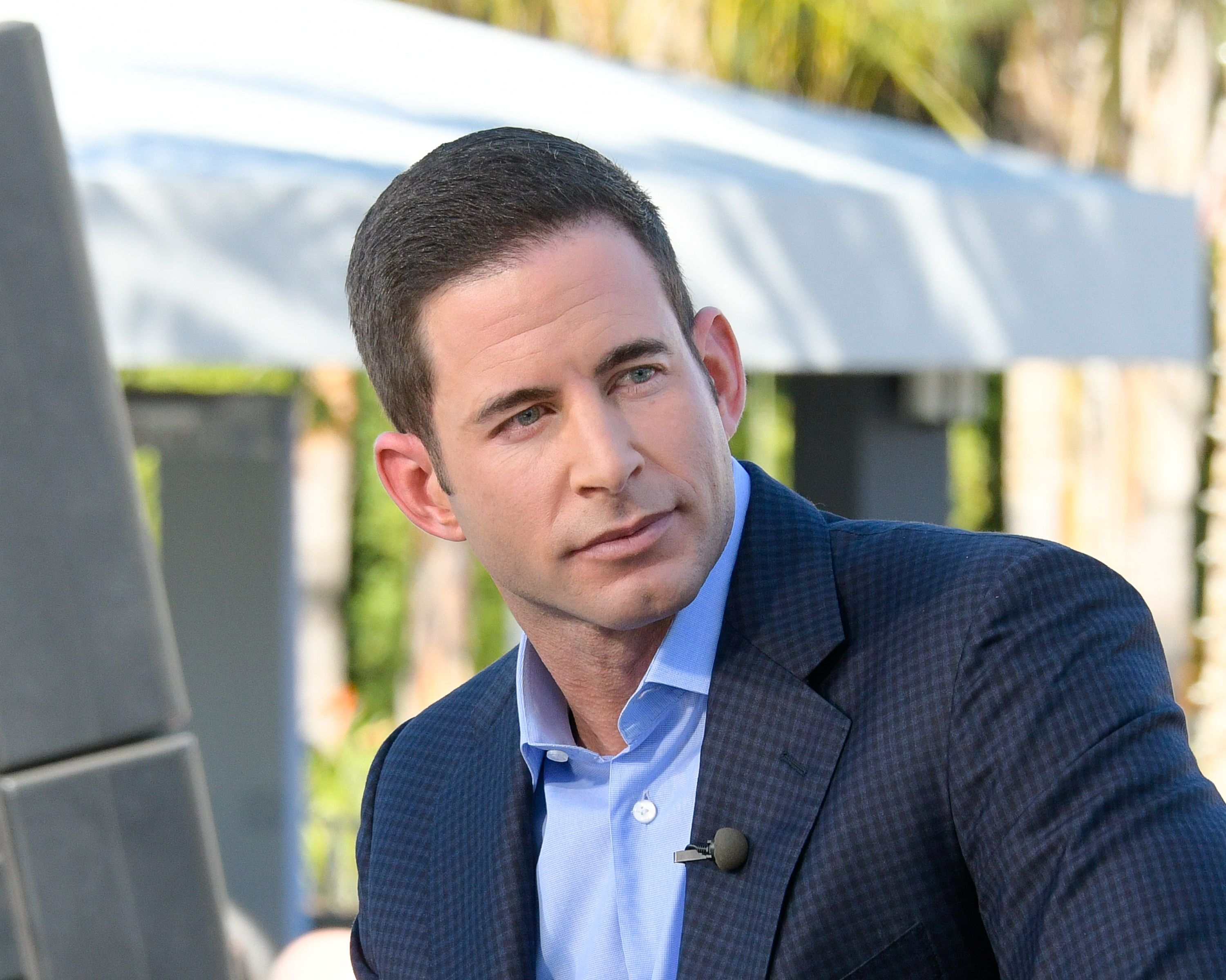 """Tarek El Moussa at """"Extra"""" at Universal Studios Hollywood on February 28, 2017 
