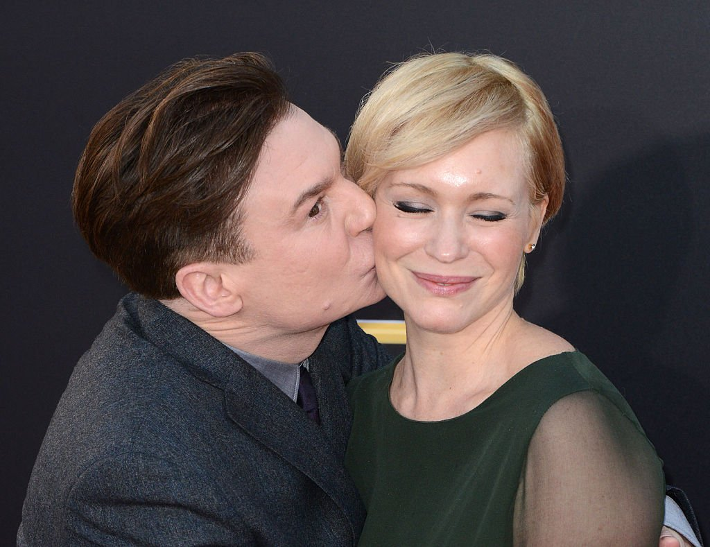 Mike Myers and wife Kelly Tisdale arrive at the 18th Annual Hollywood Film Awards, November 2014 | Source: Getty Images