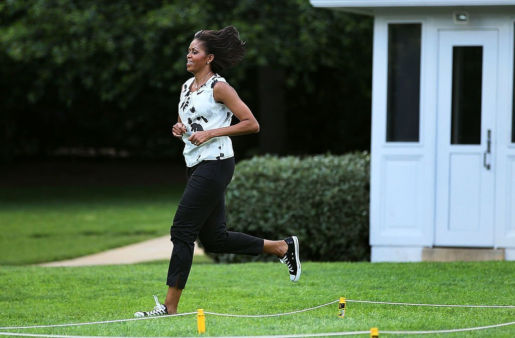 Michelle Obama working out on the South Lawn of the White House in 2010. Photo: Getty Images