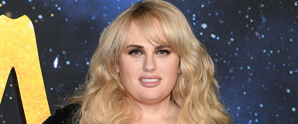 Rebel Wilson Puts Toned Legs on Display in Tiny Emerald Shorts after Dramatic Weightloss