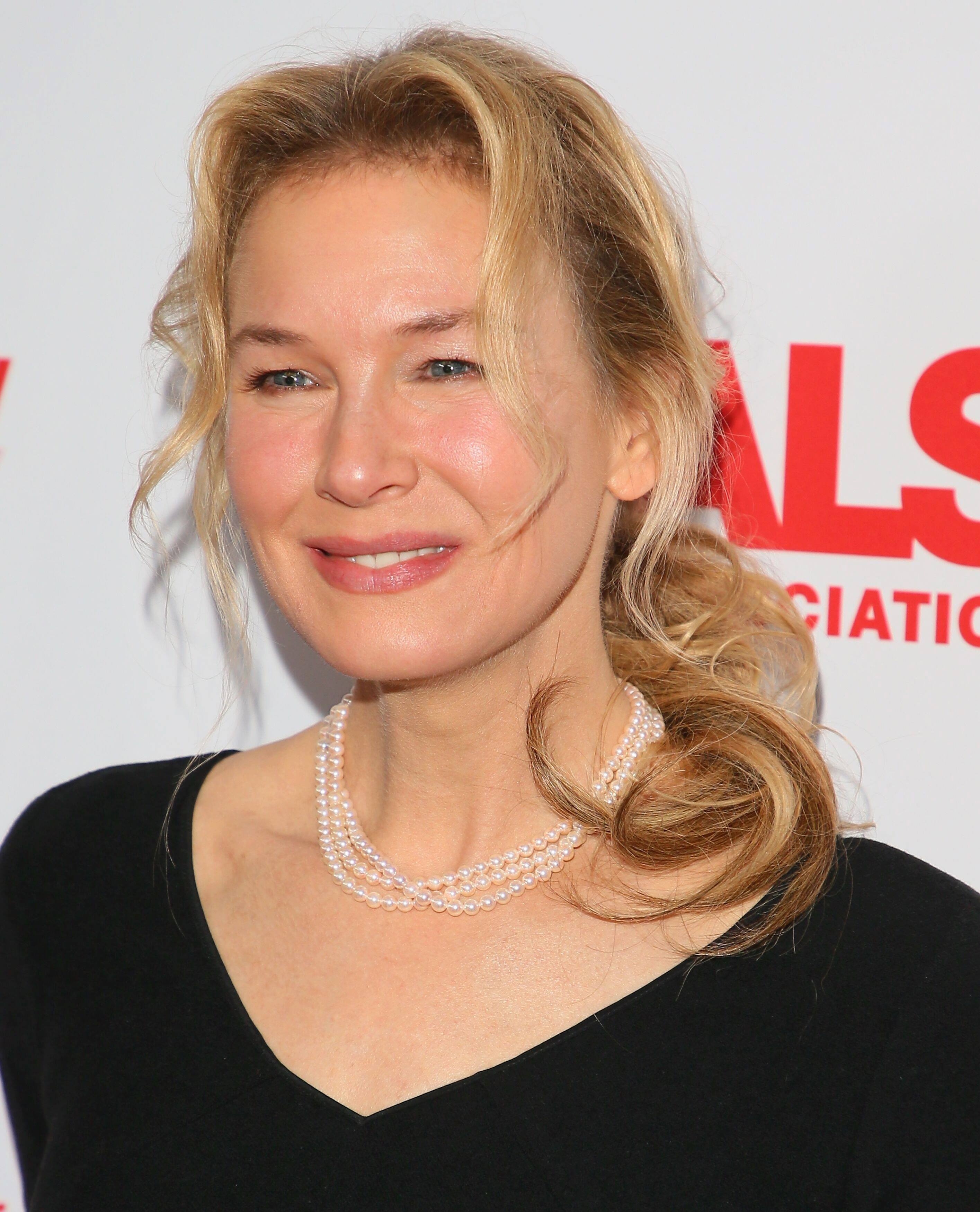 Renee Zellweger attends the 2019 Vanity Fair Oscar Partyin Beverly Hills, California. | Source: Getty Images