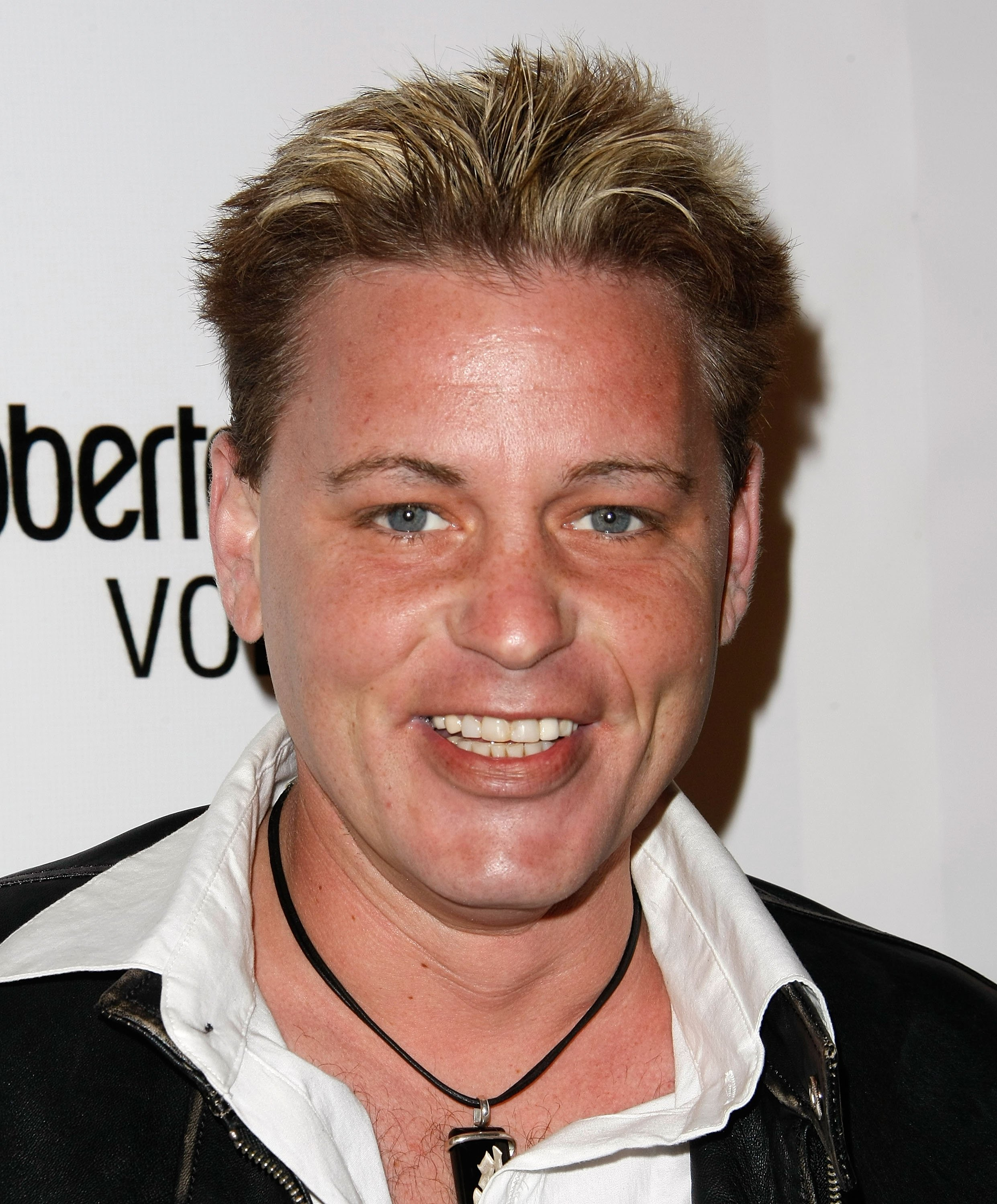 Corey Haim arrives at a Fashion Show on March 19, 2009, in Hollywood, California. | Source: Getty Images.