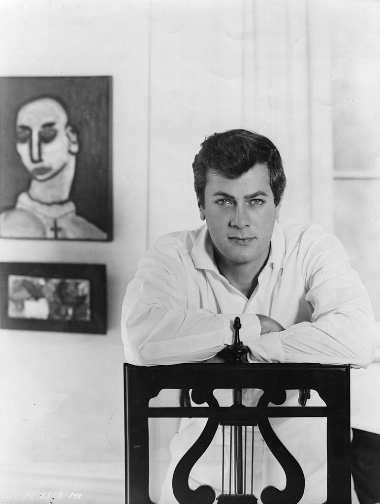 Studio portrait of Tony Curtis, taken in the mid 1950s | Source: Getty Images