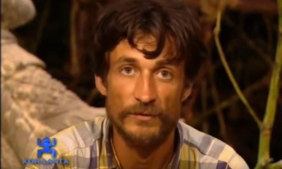 Le candidat Gilles Nicolet remportant la première saison. l Source : YouTube/StarMedia City