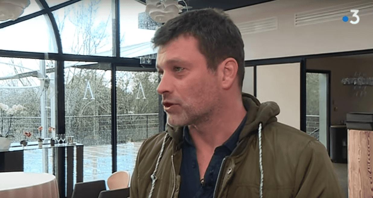 Le chef étoilé Yannick Delpech parlant de son restaurant incendié. | Youtube/France 3 Occitanie
