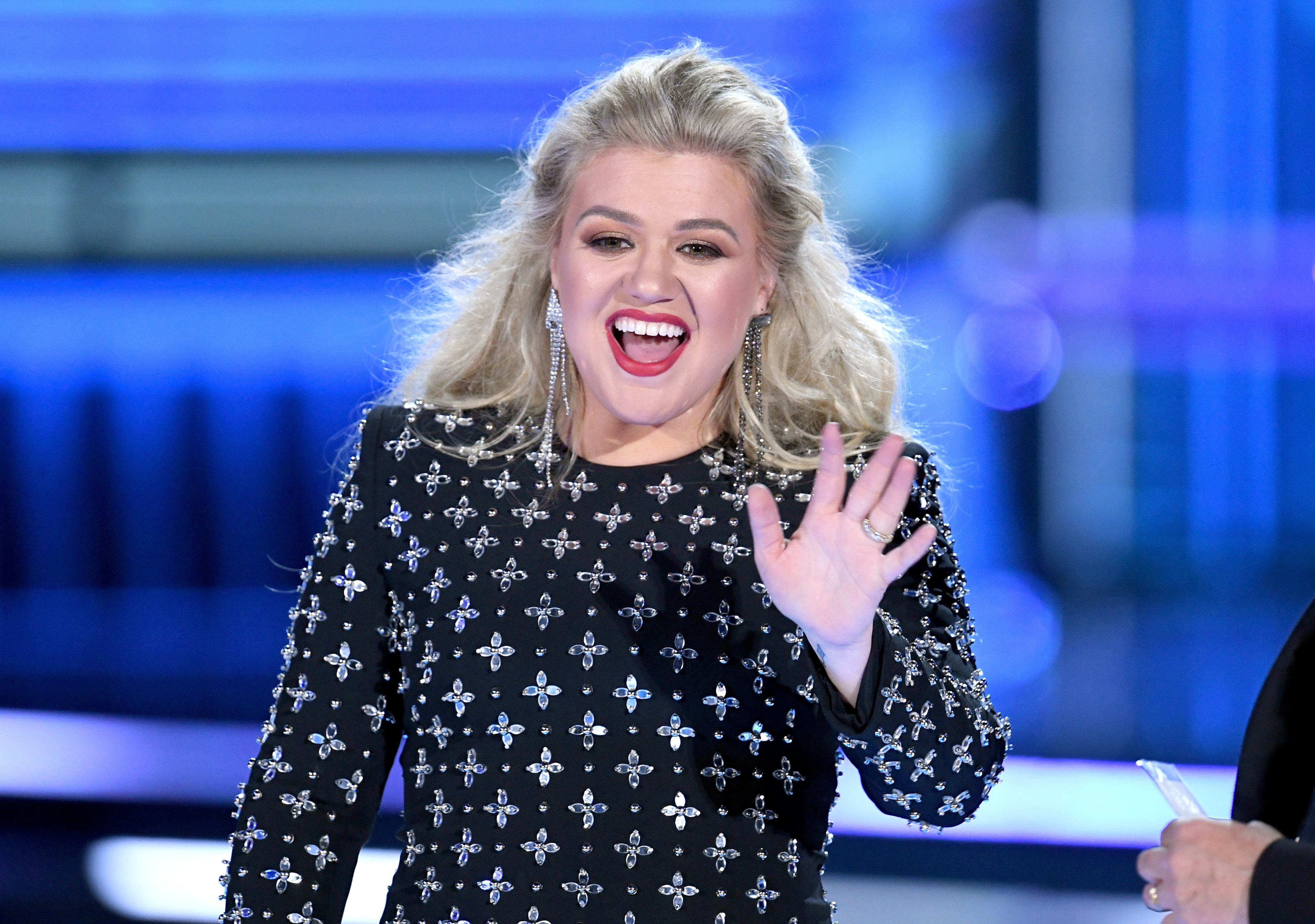 Kelly Clarkson speaks onstage during the 2019 Billboard Music Awards on May 01, 2019, in Las Vegas, Nevada. | Source: Getty Images.