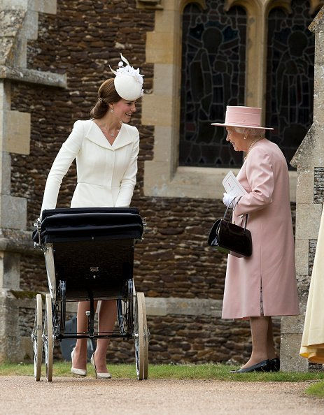Queen Elizabeth II and Kate Middleton at Church of St Mary Magdalene on the Sandringham Estate on July 5, 2015 in King's Lynn, England | Photo: Getty Images