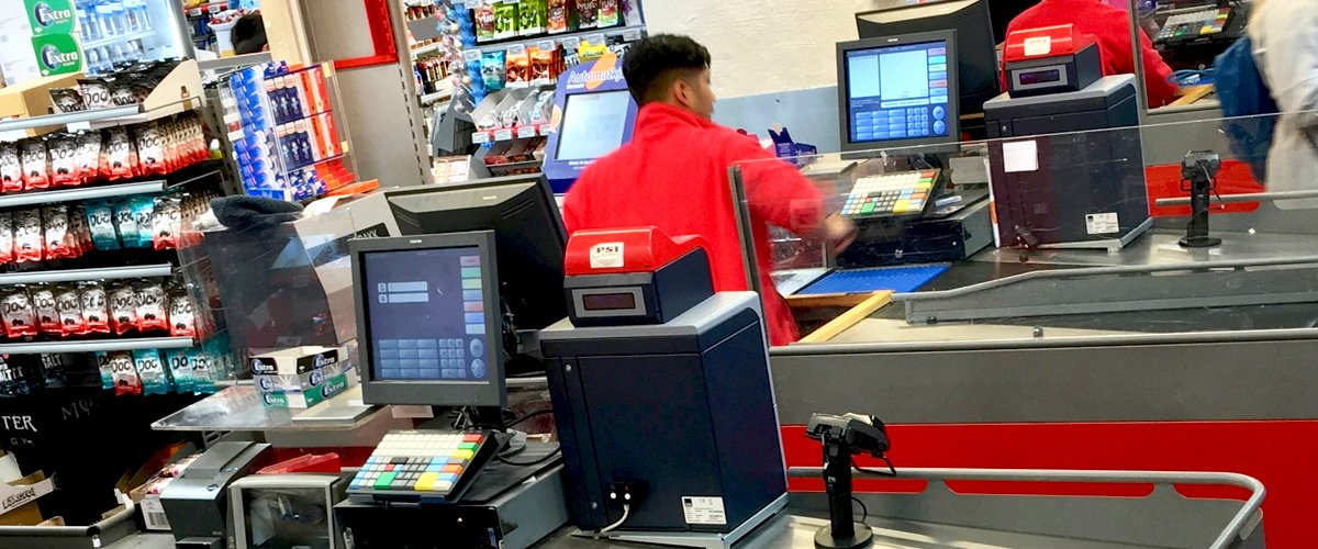 Daily Story: Cashier Shamed Elderly Woman for Plastic Bags