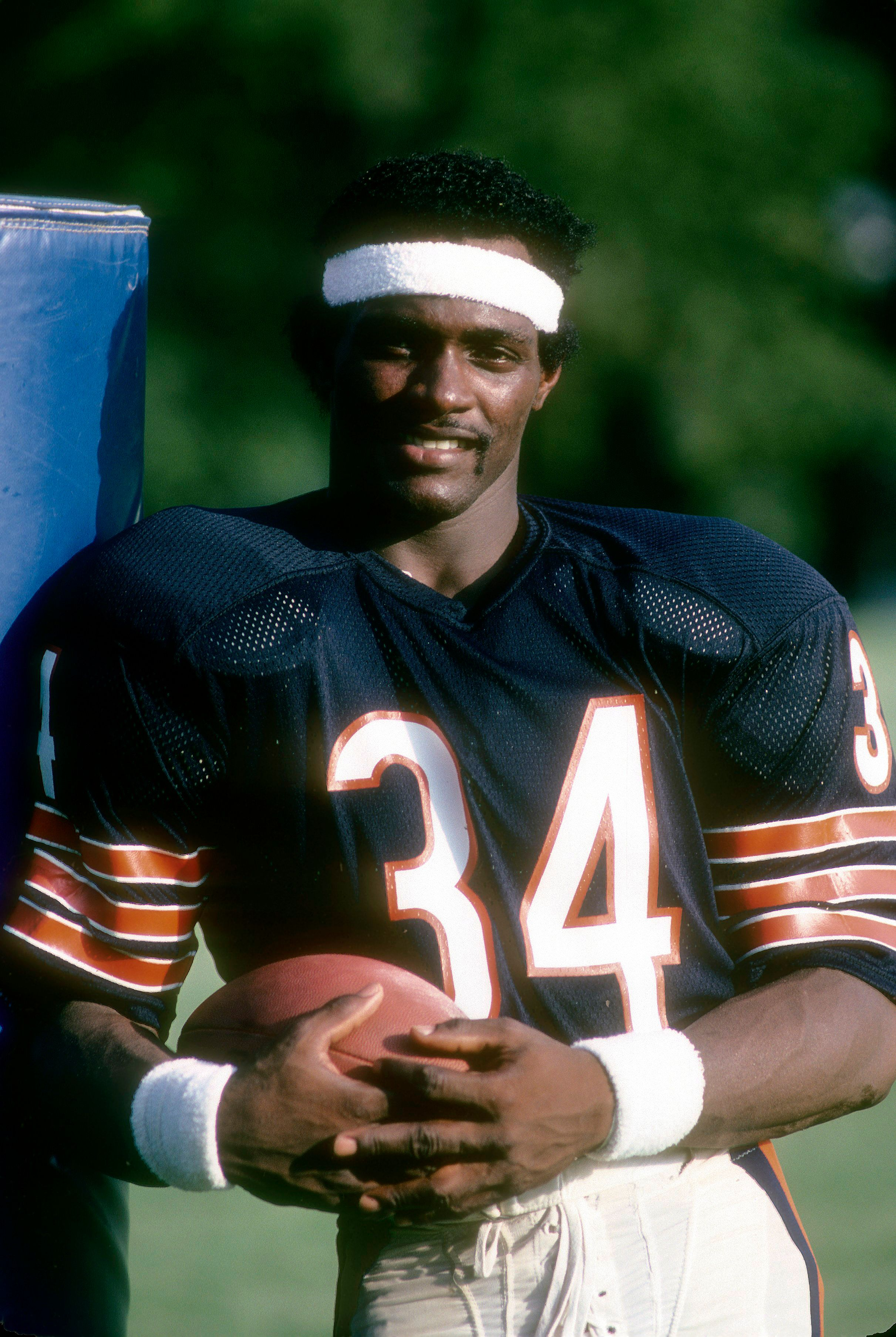 Walter Payton of the Chicago Bears smiles for a photo, circa late 1970's in Chicago, Illinois. | Source: Getty Images