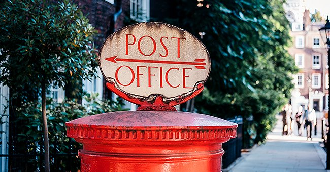Daily Joke: A Woman Goes to the Post Office