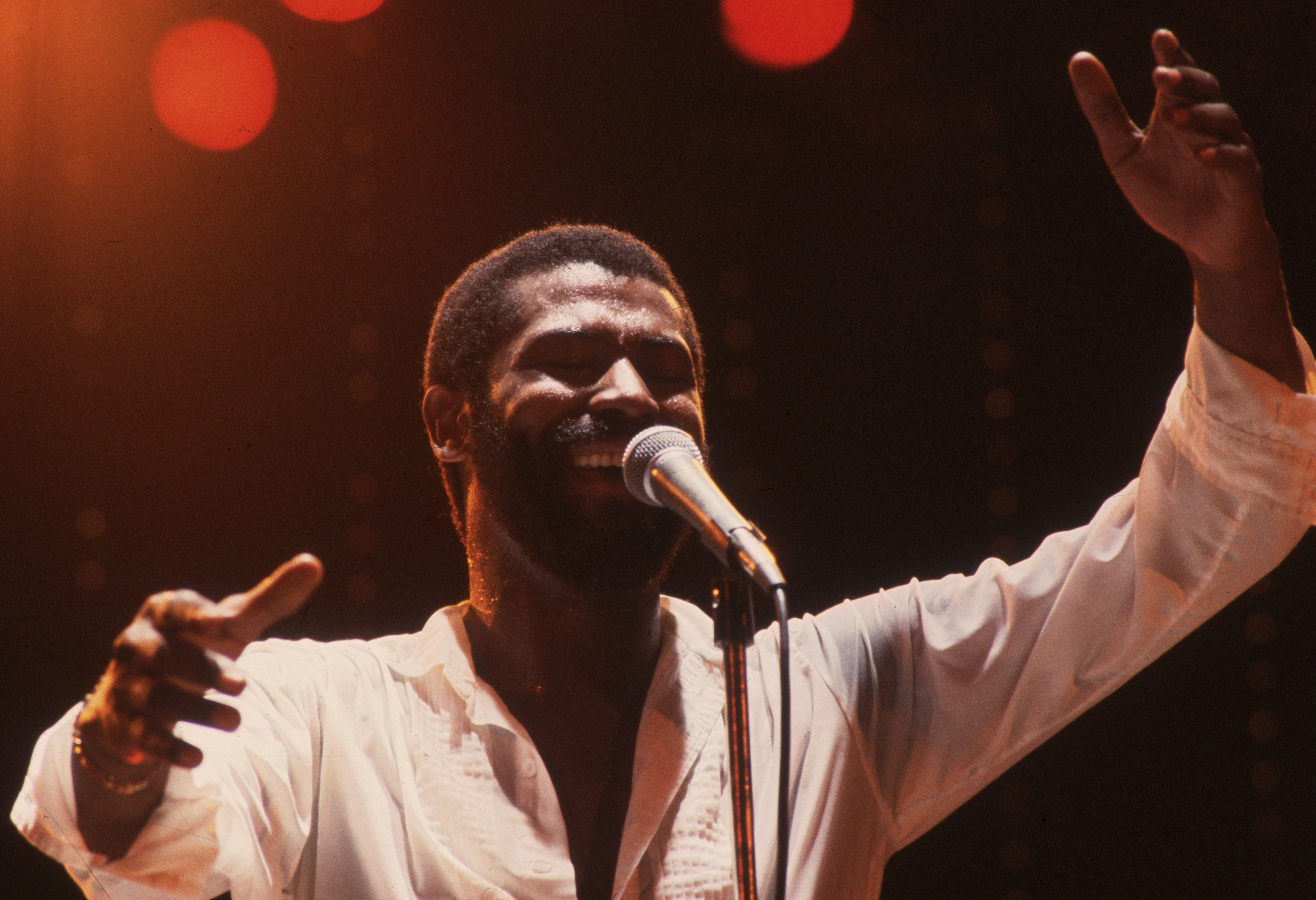 Teddy Pendergrass in concert at the Hammersmith Odeon in London. 1983. | Source: GettyImages/Global Images of Ukraine