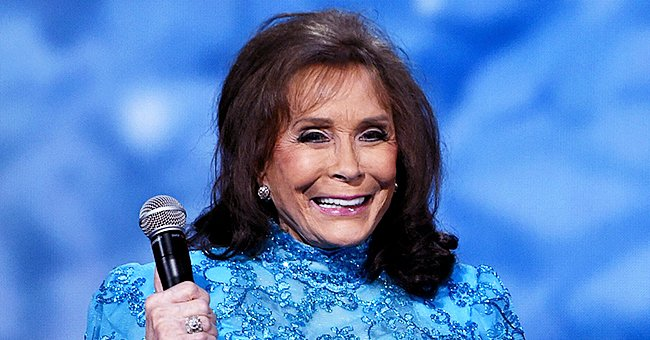Loretta Lynn Shares Sweet Photo with Willie Nelson after the CMA Awards