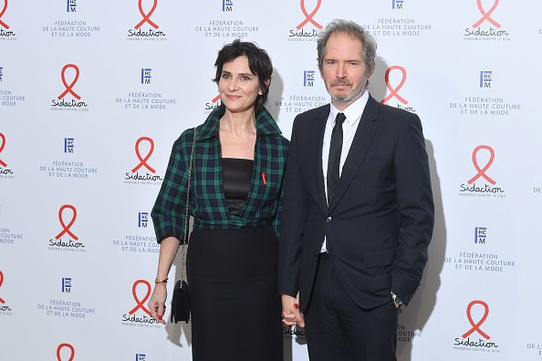 Geraldine Pailhas et Christopher Thompson au Pavillon Cambon le 23 janvier 2020 à Paris, France. | Photo : Getty Images