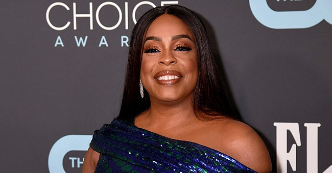 Watch 'Claws' Star Niecy Nash Show off Her Impressive Dance Skills in These Cool Videos