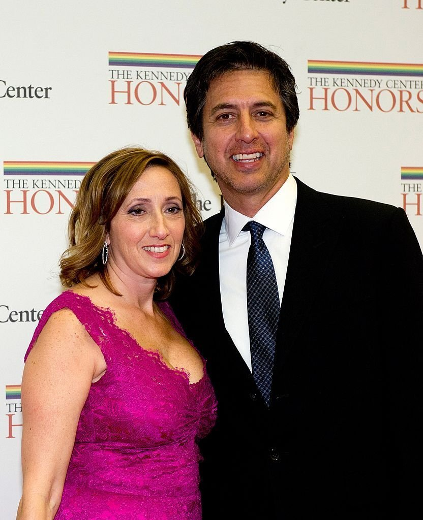 Ray Romano and his wife, Anna arrive for a dinner for Kennedy honorees hosted by U.S. Secretary of State Hillary Rodham Clinton at the U.S. Department of State. | Photo: Getty Images