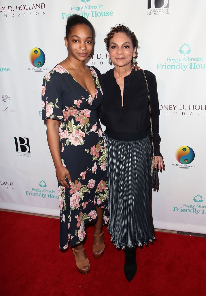 Imani Duckett & Jasmine Guy at The Beverly Hilton Hotel on Oct. 27, 2018 in California | Photo: Getty Images