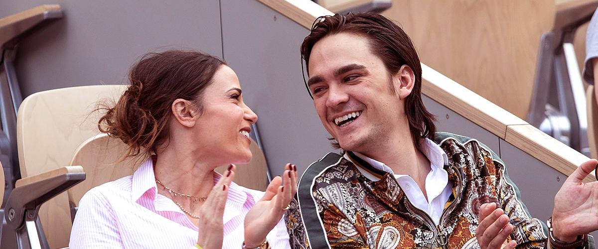 Alain-Fabien Delon, heureux avec Capucine Anav à Roland-Garros