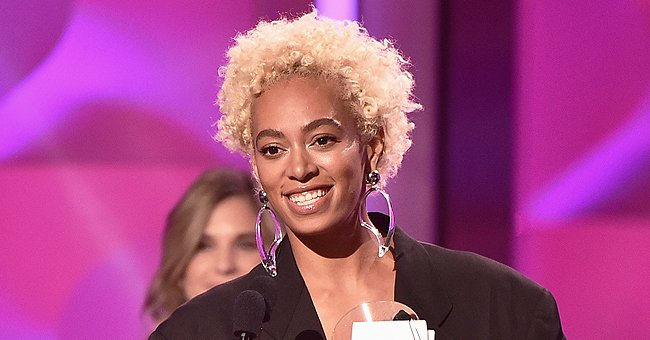 Check Out Solange's Stunning Body as She Poses in a Black Bikini on a Lavish Yacht (Photo)