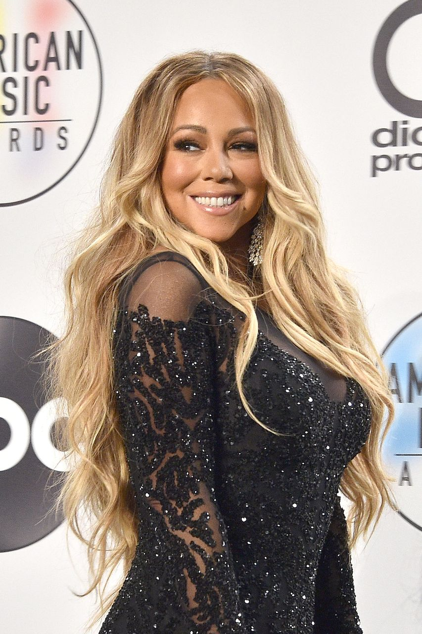 Mariah Carey at the 2018 American Music Awards Press Room at Microsoft Theater on October 9, 2018. | Source: Getty Images