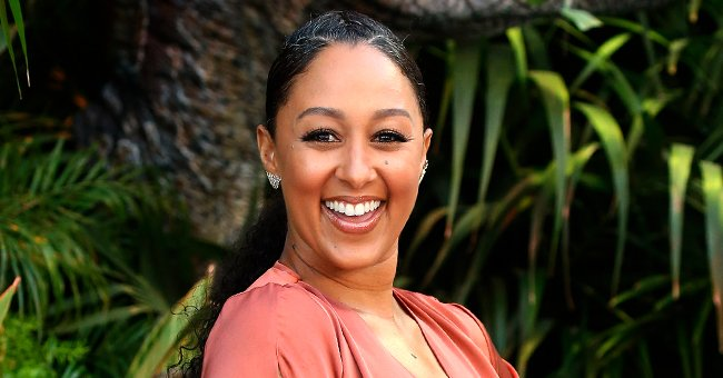 Tamera Mowry Shares Rare Photo with All Her Siblings and Says She Cannot Wait to See Them