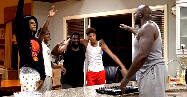 Shaquille 'Shaq' O'Neal of NBA Hall of Fame Hosts DJ Kitchen Concert for Sons Amid Quarantine