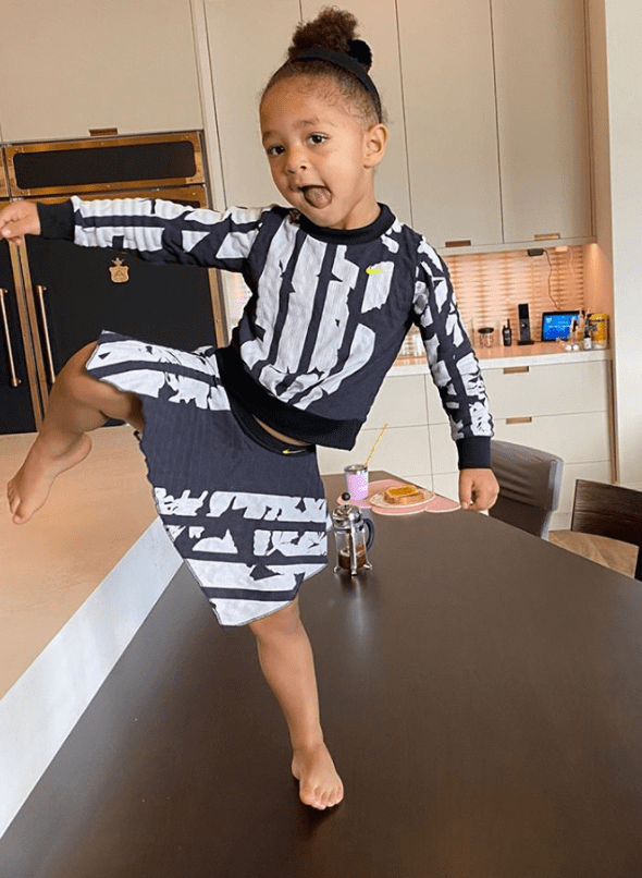 Olympia Ohanian in a photo showing off her new tennis outfit. | Photo: Instagram/Serenawilliams