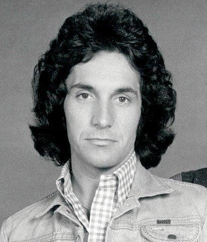 Bill Hudson in 1974. | Source: Wikimedia Commons.