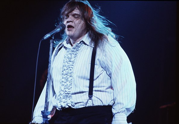 Meat Loaf performing on stage during the Bat Out Of Hell Tour, USA, March 1978. | Photo: Getty Images
