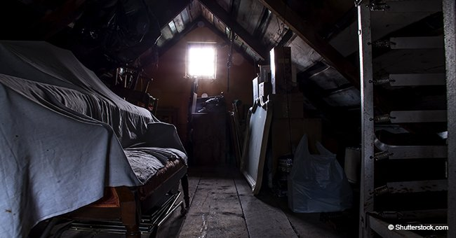 Eines Tages räumte ein älteres Paar ihren Dachboden aus