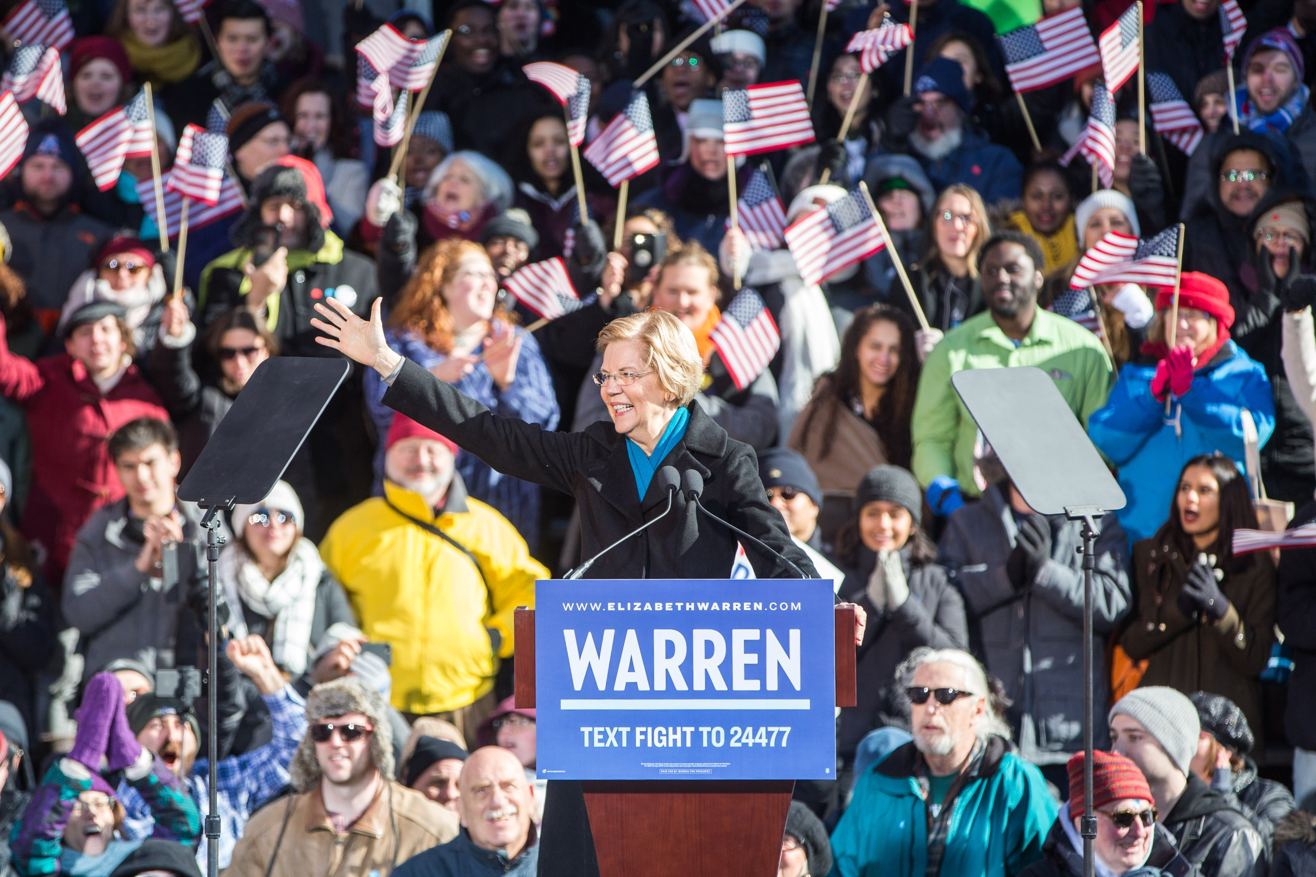 Elizabeth Warren announcing her run for President in Lawrence, Massachusetts | Photo: Getty Images