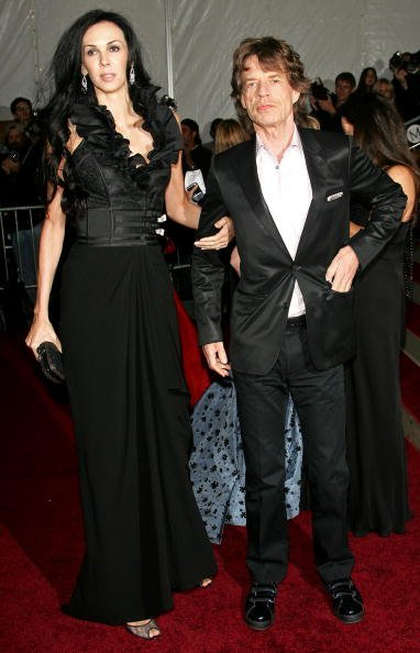L'Wren Scott and Mick Jagger at the Metropolitan Museum of Art on May 7, 2007 in New York City. | Photo: Getty Images