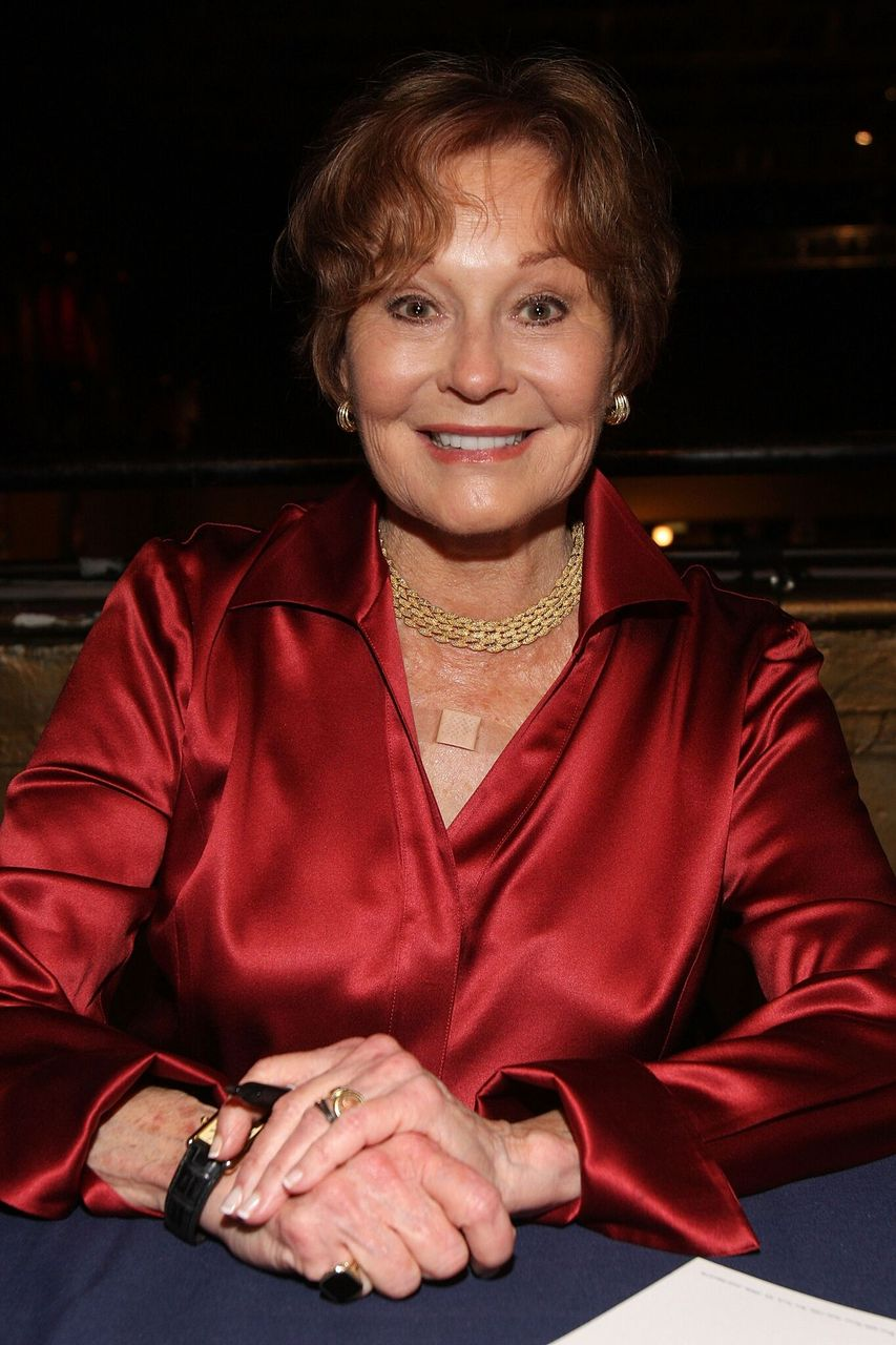 Marj Dusay attends the 23rd Annual Broadway Flea Market & Grand Auction at Roseland Ballroom in New York City | Photo: Getty Images