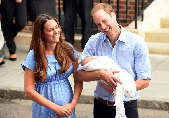 Kate Middleton and Prince William with their son Prince George at the the Lindo Wing of St Mary's Hospital on July 23, 2013 in London, England.   Photo: Getty Images