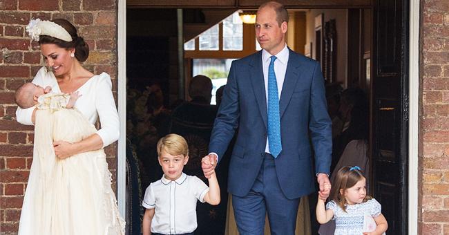 Kate Middleton & le prince William ont été vus en voyage vers Balmoral dans un avion à petit budget