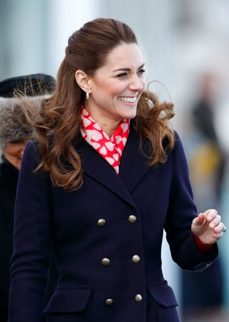Catherine, Duchess of Cambridge visits the Royal National Lifeboat Institution (RNLI) Mumbles Lifeboat station on Mumbles Pier | Photo: Getty Images