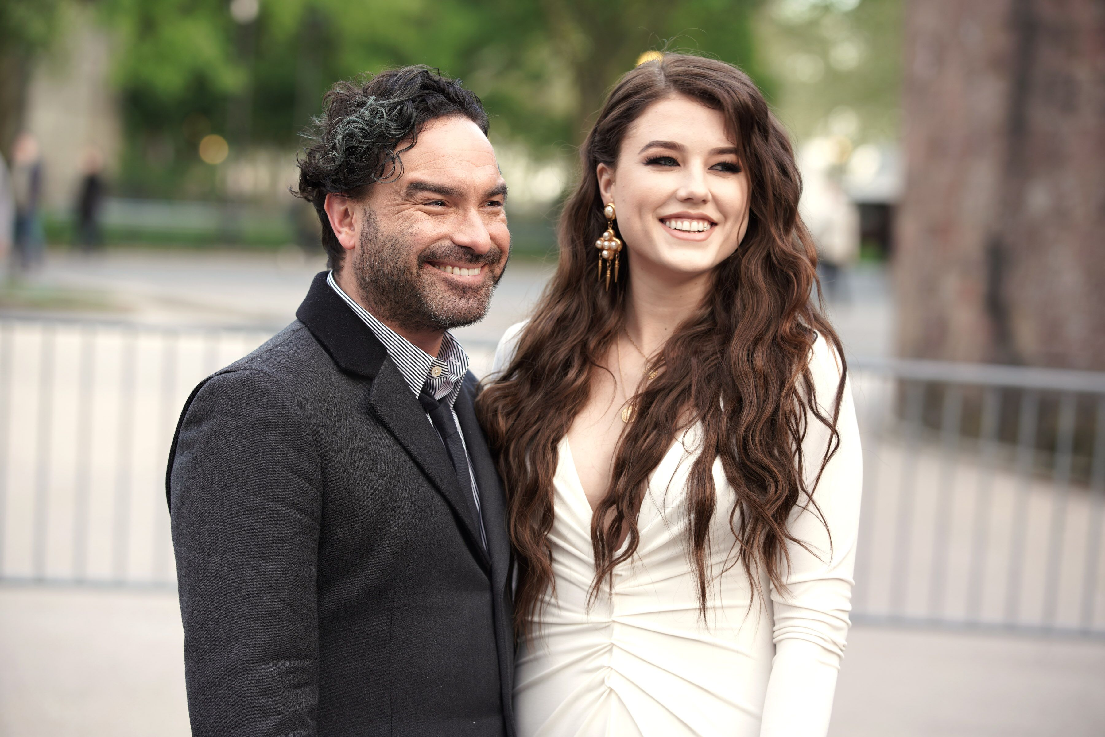 Johnny Galecki and Alaina Meyer arrive at the Statue Of Liberty Museum Opening Celebration at Battery Park on May 15, 2019 in New York City. | Source: Getty Images
