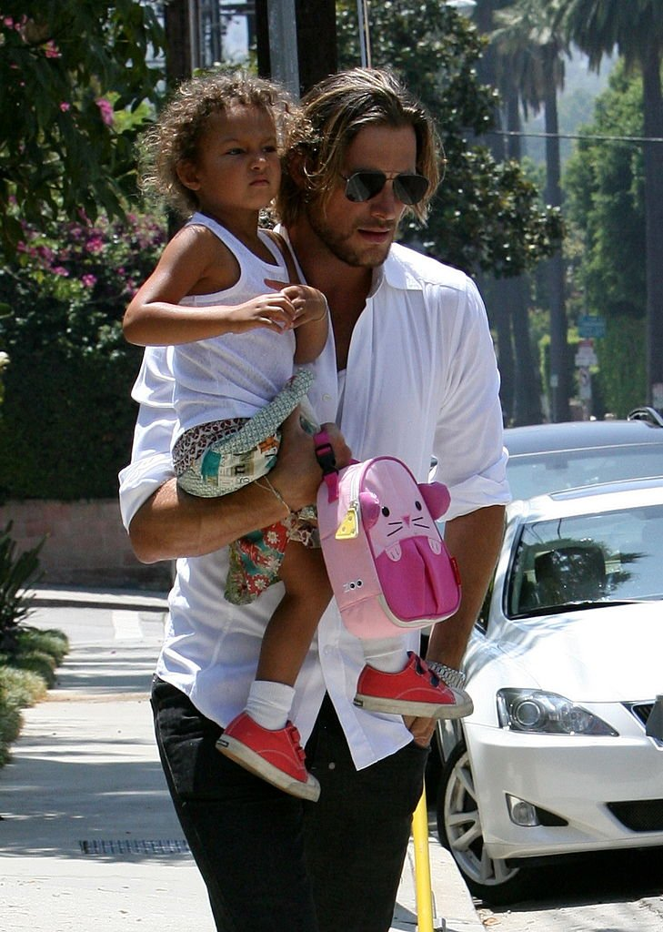 Gabriel Aubry and Nahla Aubry sighting on August 15, 2011 | Photo: Getty Images
