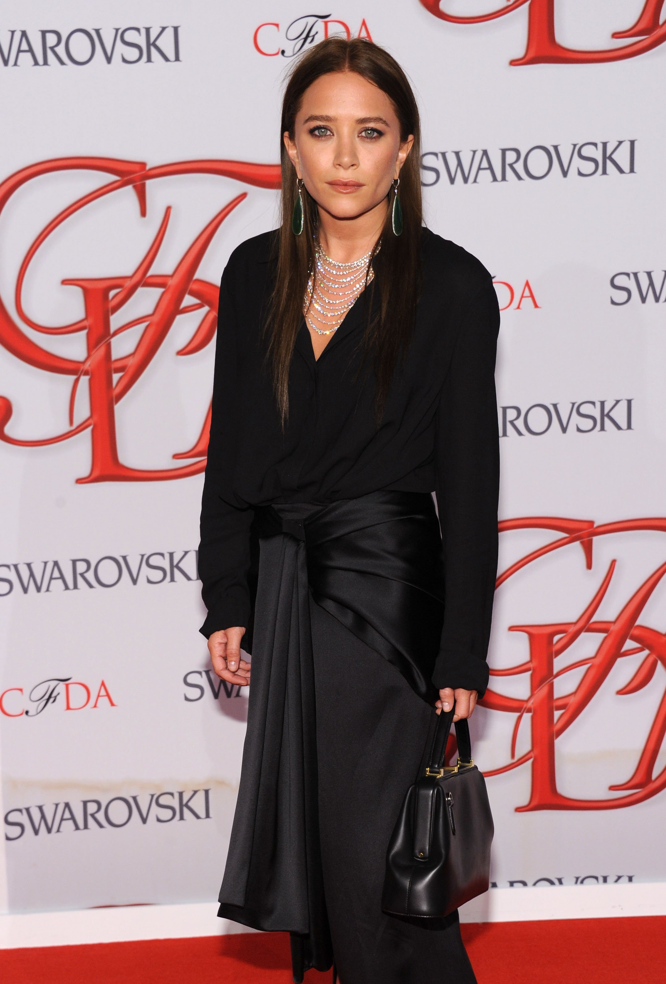 Mary Kate Olsen attends the 2012 CFDA Fashion Awards at Alice Tully Hall on June 4, 2012 in New York City | Photo: Getty Images