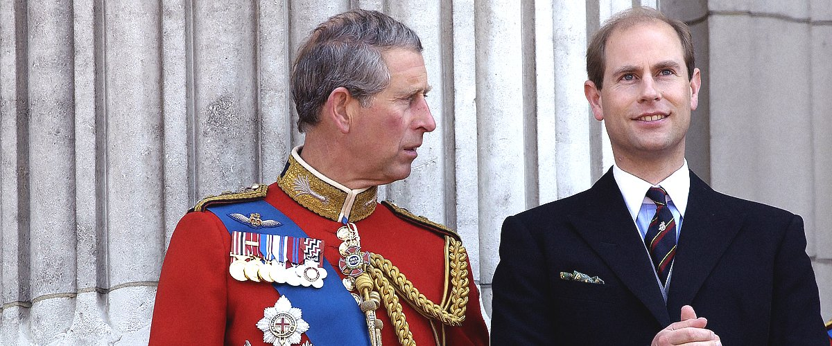 Le Prince Charles et son frère prince Edward. | Photo : Getty Images