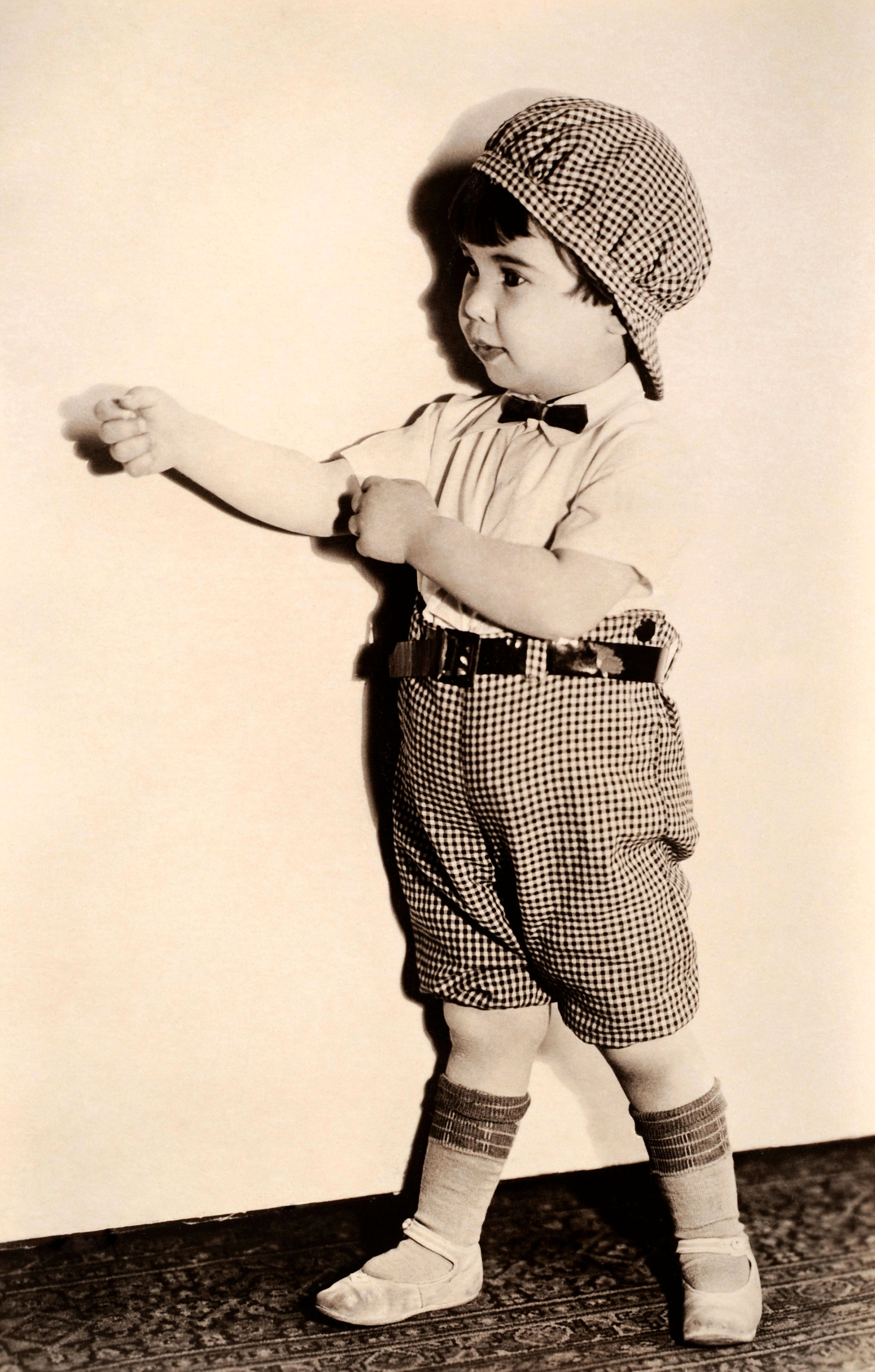 Baby Peggy Montgomery circa 1923 | Photo: Popperfoto/Getty Images