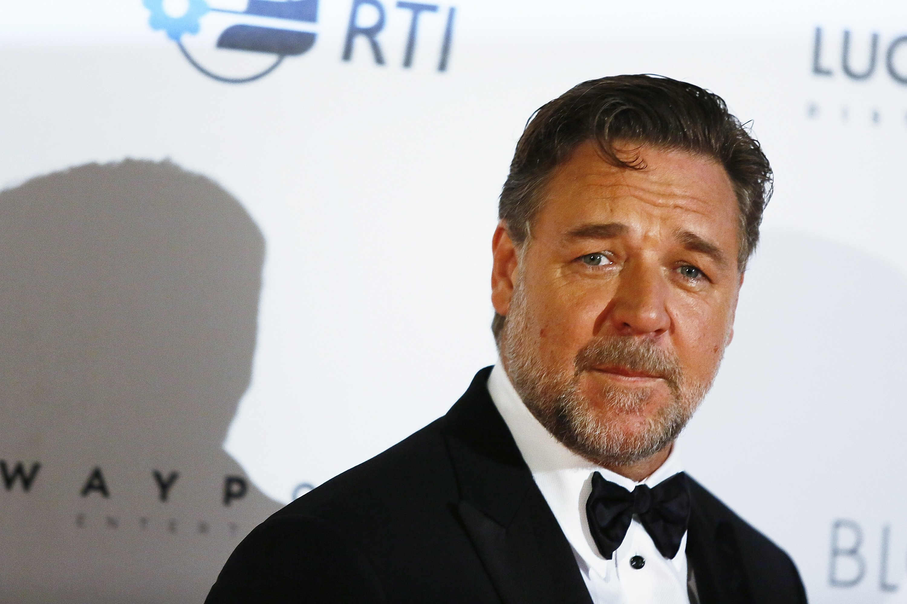 """Russell Crowe during the 2016 premiere of """"The Nice Guys"""" in Italy. 
